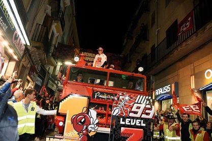 """Marc Márquez: """"Prefiero usar el tiempo firmando autógrafos que en el balcón"""""""