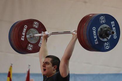 Marcos Ruiz logra tres nuevos récords de España en la categoría de 109 kilos