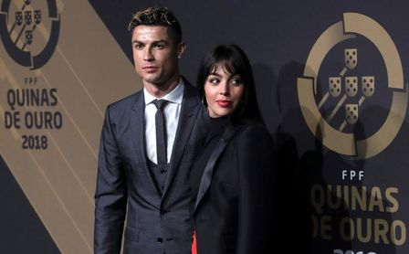 Cristiano Ronaldo pide matrimonio a Georgina, según prensa.