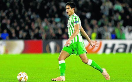 Aïsa Mandi es uno de los jugadores más importantes para Setién.