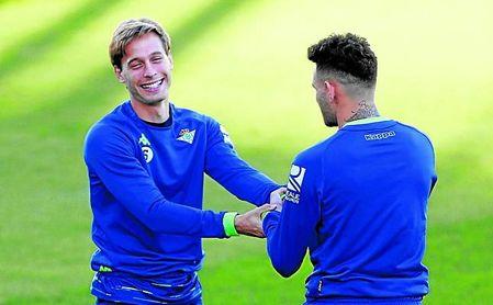 Canales, sobre estas líneas bromeando con Sanabria, volverá a reencontrarse con el equipo en el que se formó.