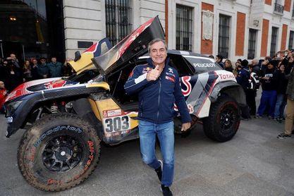 """Carlos Sainz: """"Pienso que puedo pelear por la victoria en el Dakar"""""""