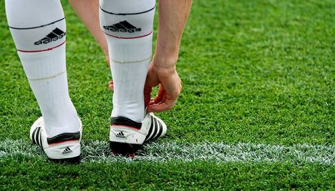 Doce futbolistas del Reus han cobrado las tres nóminas atrasadas
