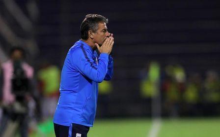 Alianza Lima confirmó la salida del uruguayo Pablo Bengoechea como su entrenador