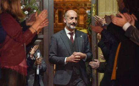 Reuniones y entrevistas copan el primer día de Elizegi como presidente