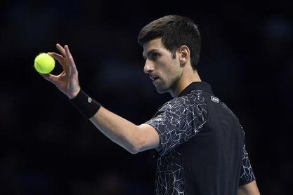 Djokovic vence a Fucsovics y espera rival para cuartos