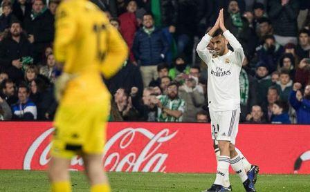 Real Betis 1-2 Real Madrid: Valentía derribada por 'fuego amigo'