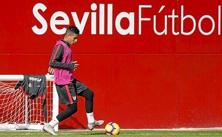 Arana podría no ponerse más la camiseta del Sevilla FC.