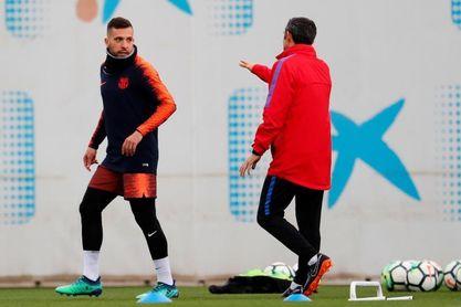 Bartomeu garantiza la continuidad de Valverde y de Alba