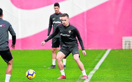 A sus 23 años, Marko Rog busca en el Sevilla los minutos que no ha tenido en las dos últimas campañas y media en el Nápoles, que pagó 14,5 millones por su fichaje.