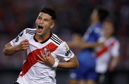 Exequiel Palacios, de River Plate, sufre una fractura proximal en el peroné derecho