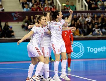 0-5. España golea a Rusia y jugará el domingo la final de la Eurocopa