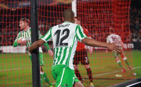 Sidnei hizo el 3-2 ante el Rennes.