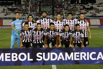Santaní anuncia a Jara Saguier como técnico a 4 días del duelo con Once Caldas