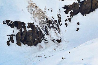 Una decena de desaparecidos por una avalancha en una estación de esquí suiza
