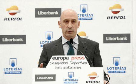 Luis Rubiales en los Desayunos Deportivos de Europa Press.