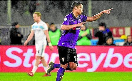 Luis Muriel firmó ante la Lazio, el pasado domingo, su octavo gol en 11 partidos con la Fiorentina.