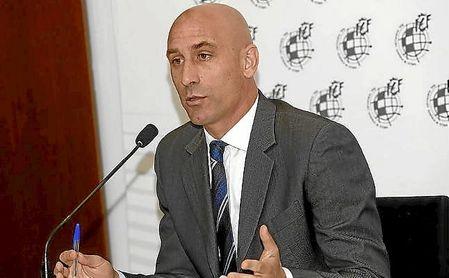 Luis Rubiales, presidente de la RFEF, en una rueda de prensa.