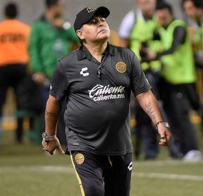 """Maradona pronostica que el """"Tata"""" Martino le muchos dará triunfos a México"""
