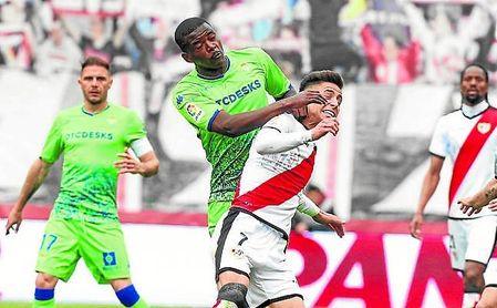 William Carvalho, en el partido contra el Rayo Vallecano.