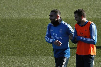 Dani Carvajal se ejercitó con balón en el entrenamiento del Real Madrid