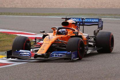 """Carlos Sainz: """"No estoy contento del todo con el coche"""""""