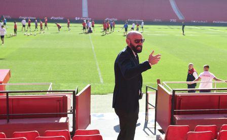 Monchi, en una sesión de entrenamiento de su equipo.