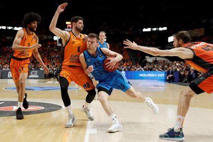 89-63. Un Valencia con carácter conquista su cuarta Eurocopa e irá a Euroliga