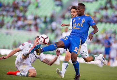 Colombiano Quiñones presenta lesión de rodilla y se perderá final de Concacaf