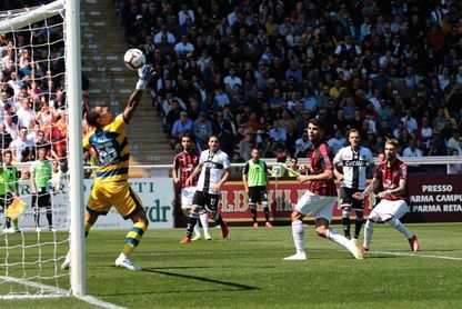 Bruno Alves frena al Milan de Castillejo (1-1)