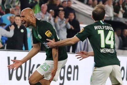 Un gol de Brooks en el último minuto impide el triunfo del Eintracht
