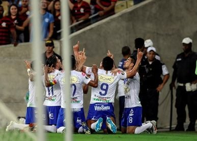 San José busca el honor en la Libertadores ante el casi clasificado Peñarol