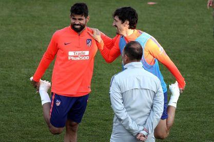 Savic vuelve al grupo y apunta al once contra el Espanyol