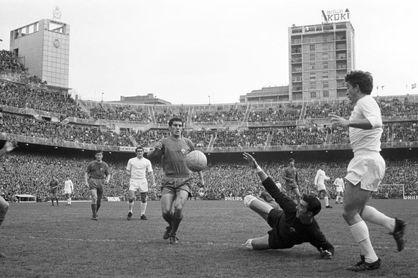 Muere Manuel Pazos, portero y leyenda del Atlético, del Elche y de la Liga