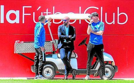 Monchi ha gozado de dos meses para analizar la plantilla y tomar una serie de decisiones de cara al futuro plantel que tiene en mente, el primero de su segunda etapa como director deportivo del Sevilla Fútbol Club.