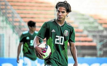 Diego Lainez descarta volver a México