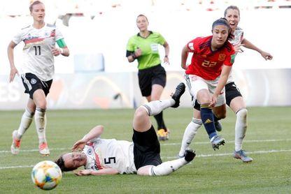 1-0. España estrecha su desventaja