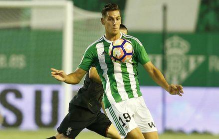 Álex Alegría se desvincula del Betis