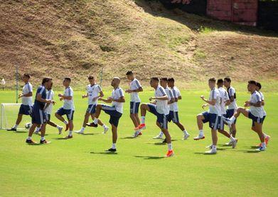 Argentina llega a Belo Horizonte rodeado de dudas