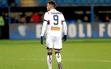 El rendimiento de Sanabria ha ido de más a menos en el Genoa.