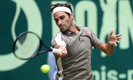 Federer supera a Millman en la primera ronda