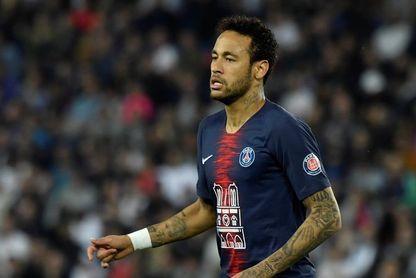 """El PSG pedirá al menos 300 millones por Neymar, según el diario """"Le Parisien"""""""
