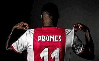 Promes ha firmado cinco años con el Ajax.