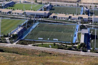 La junta aprueba la creación del equipo femenino con la compra del CD Tacón