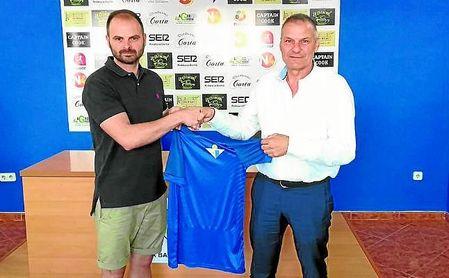 Jesús Fernández y Ángel Gómez Mariscal, nuevo entrenador y presidente azulino, respectivamente.