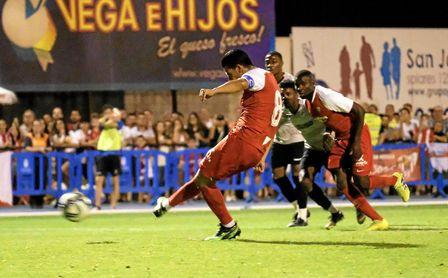 Nolito lanzó el penalti contra el Reading, aunque el elegido para ello es Dabbur.