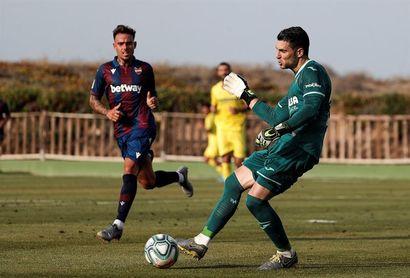 1-2. El Villarreal impone su pegada y su mayor rodaje ante el Levante