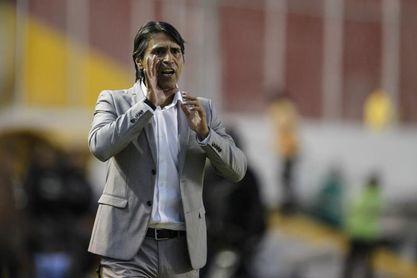 El Deportivo Cuenca sorprende de visitante a Emelec en Ecuador