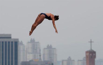 Celia Fernández ocupa el duodécimo puesto en su debut en salto de gran altura