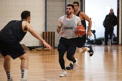 """El equipo de baloncesto de Uruguay buscará ser """"competitivo"""" en los Panamericanos pese a la renovación"""